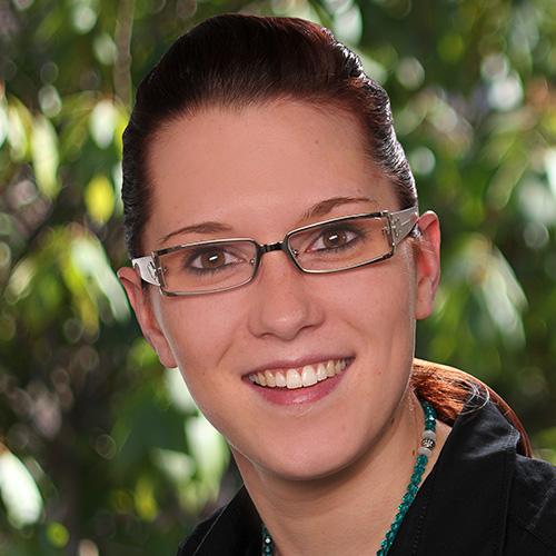 Janine Nestler-Bader